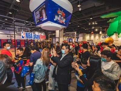 NBA乐园天津熙悦汇店盛大开幕,马布里亲临现场与球迷互动